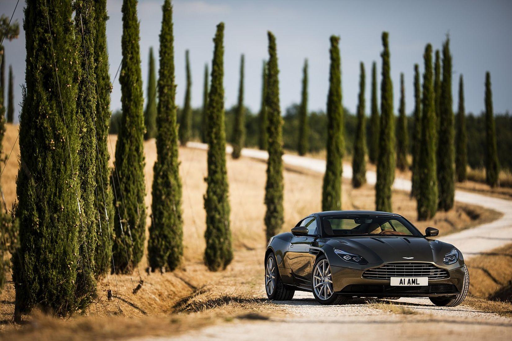 Fotogalerien Rund Um Aston Martin München